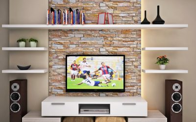 How to Decorate your Living Room with the Beautiful Wall Calddings?